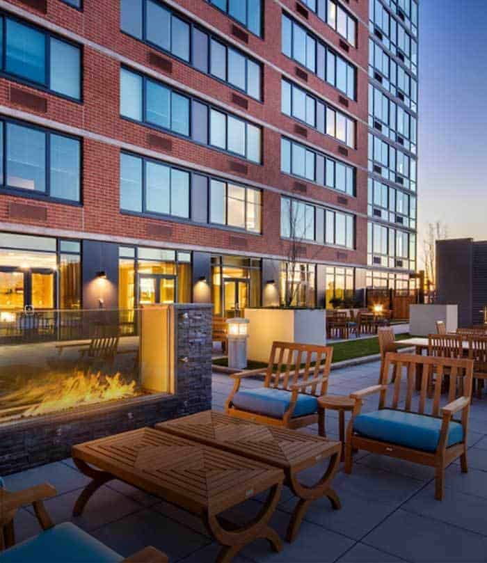 Union Place Apartments: Toll Brothers Apartment Living